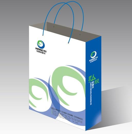 手提袋设计要求简洁大方,突出公司的logo和公司名称为主